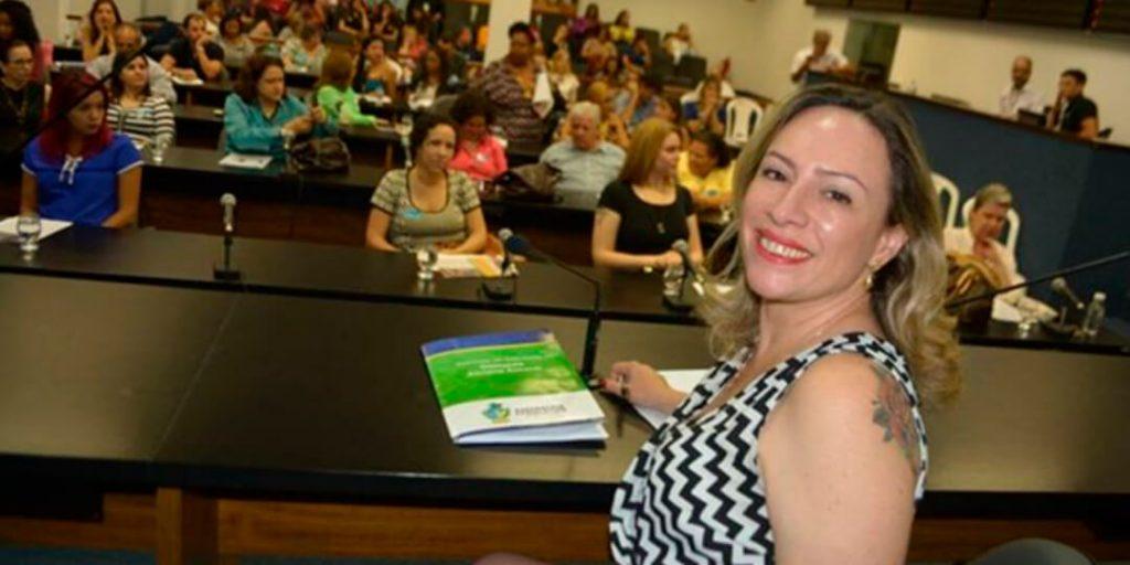 Ao presidir a audiência, Adriana demonstrou preocupação com o aumento do número de casos de violência contra a mulher registrados recentemente.