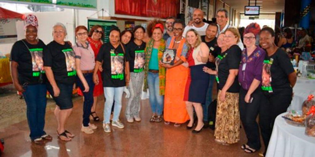 Foi encerrada na tarde desta quinta-feira, 23, a 3ª edição da Semana da Arte Negra, de iniciativa da deputada Delegada Adriana Accorsi (PT).
