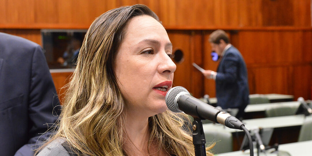 O projeto 4790/19, da deputada Delegada Adriana Accorsi (PT), pretende criar o Fórum Intersetorial da Política da Cultura da Paz.