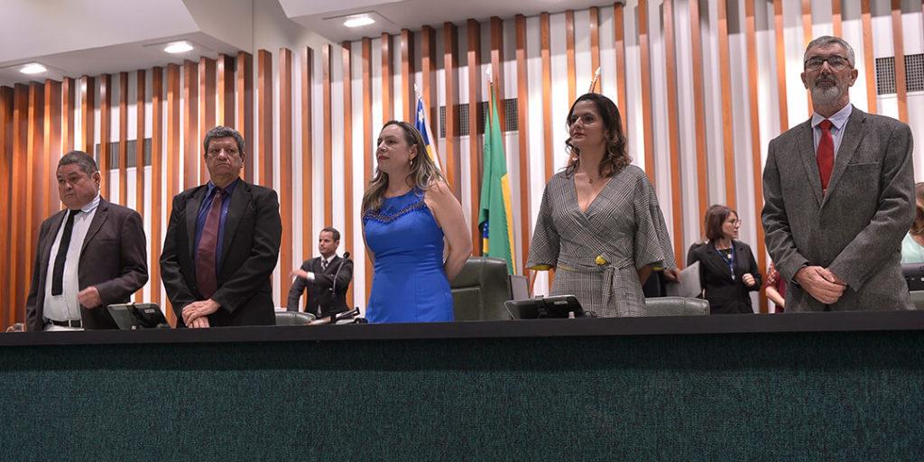 A solenidade foi realizada no Plenário Getulino Artiaga, da Assembleia Legislativa de Goiás, na noite desta segunda-feira, 9, quando foram entregues o Certificado de Honra ao Mérito Legislativo a 34 defensores e defensoras do bioma.
