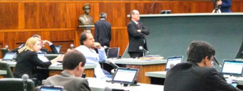 Delegada Adriana Accorsi em defesa de São Luís de Montes Belos e Iporá